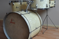 06 Sonor set '54-'57 wmp metal script logo lange lugs bass (3)