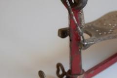 007 Sonor voetpedaal 646-10 Stabil nikkel-rood 1927-1931 (10)