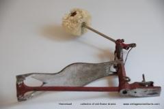 007 Sonor voetpedaal 646-10 Stabil nikkel-rood 1927-1931 (12)