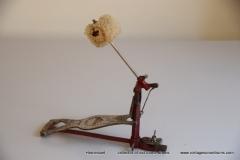 007 Sonor voetpedaal 646-10 Stabil nikkel-rood 1927-1931 (2)