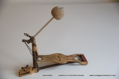 004 Sonor voetpedaal 646-9 Stabil goud 1927-1931 (1)