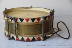 06 Sonor snare Joh. Link 1936 312 rood-zw. triangel logo (4)