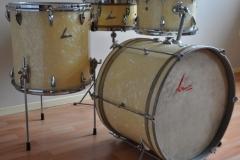 06 Sonor set '54-'57 wmp metal script logo lange lugs bass (1)