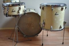 06 Sonor set '54-'57 wmp metal script logo lange lugs bass (4)